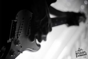 Imagen Live Forever - Musica y diseño - Nuestro estilo